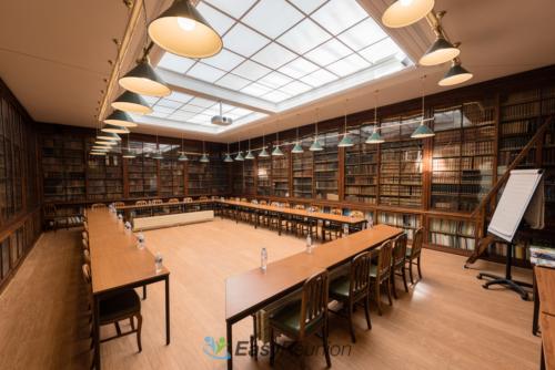 Grande Bibliothèque à louer pour vos réunions professionnelles